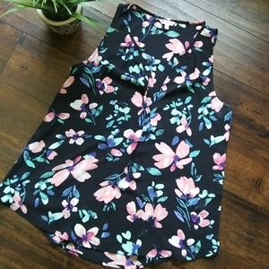 Tops - Candie's sleeveless blouse